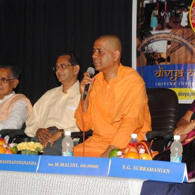 Swamiji Clarifies On Right Action After His Address